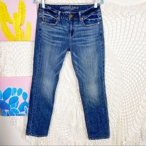 American Eagle outfitters skinny stretch jeans 6 S